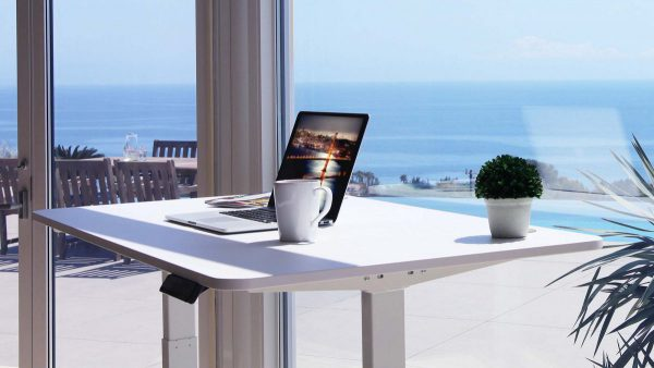 Autonomous SmartDesk Review